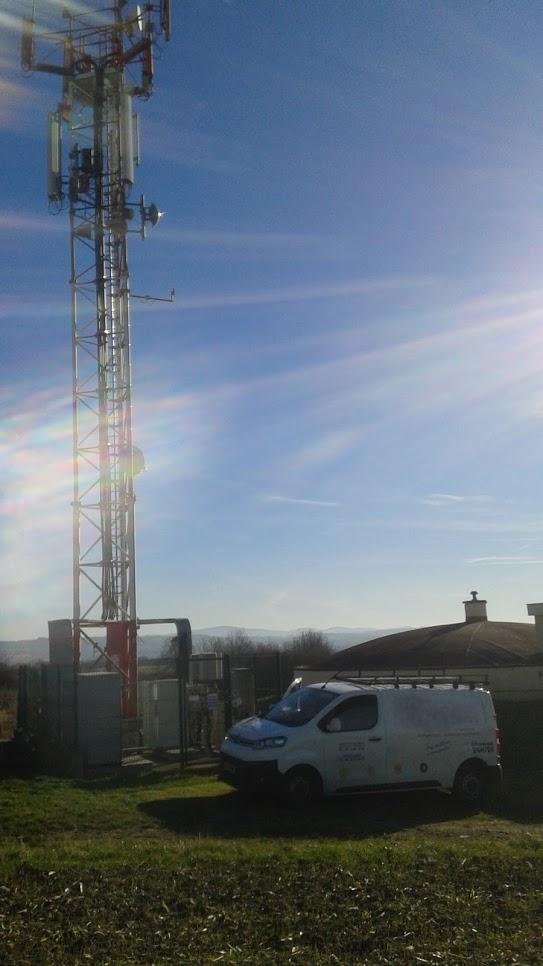 Antenne relais - Bouygues ( Saint-Germain-des-Fossés )