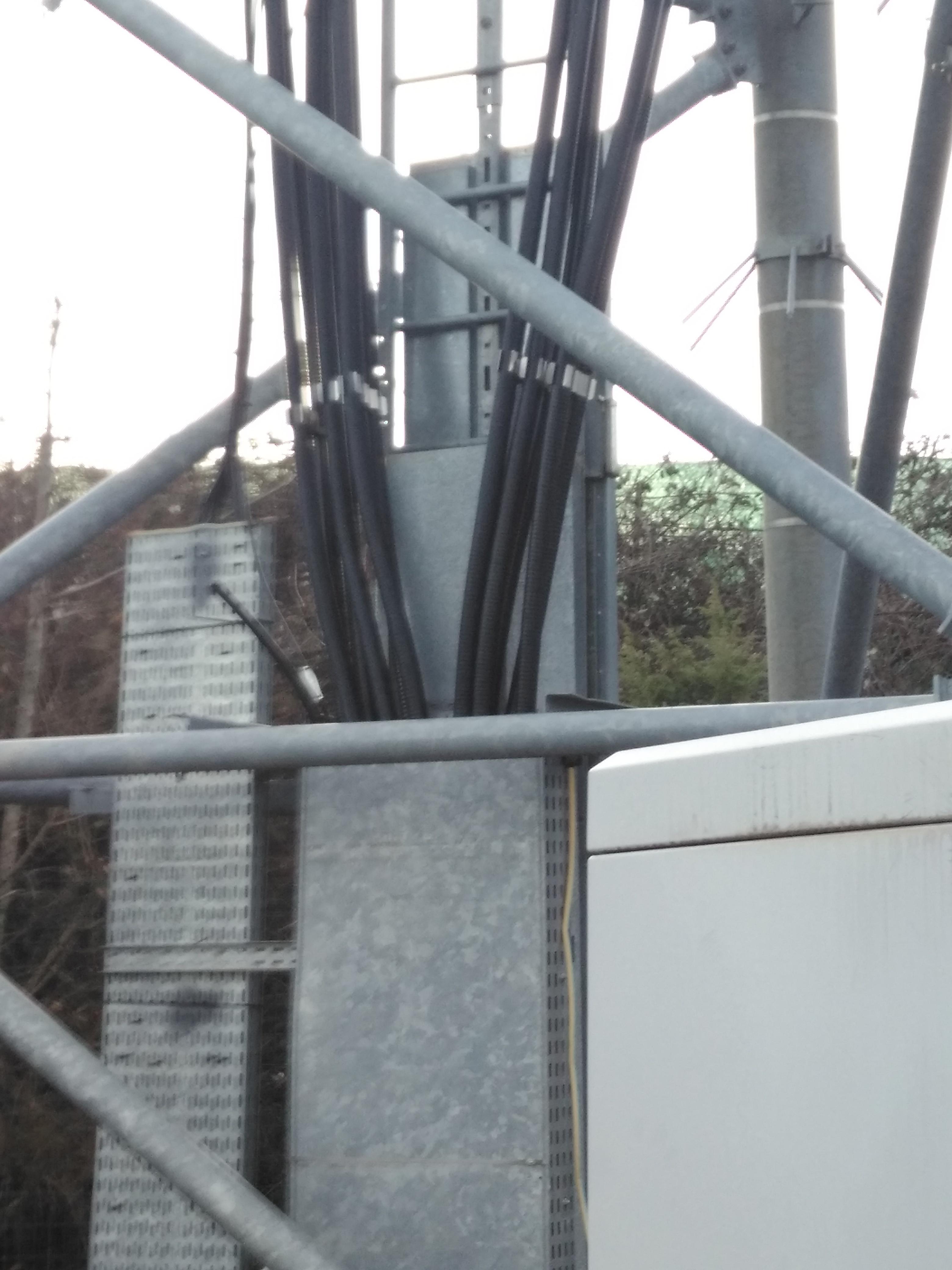 Antenne relais - Feeder